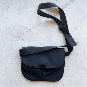 ▪️Lululemon▪️black crossbody bag